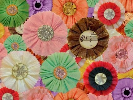 Kris hurst_Crepe paper flowers